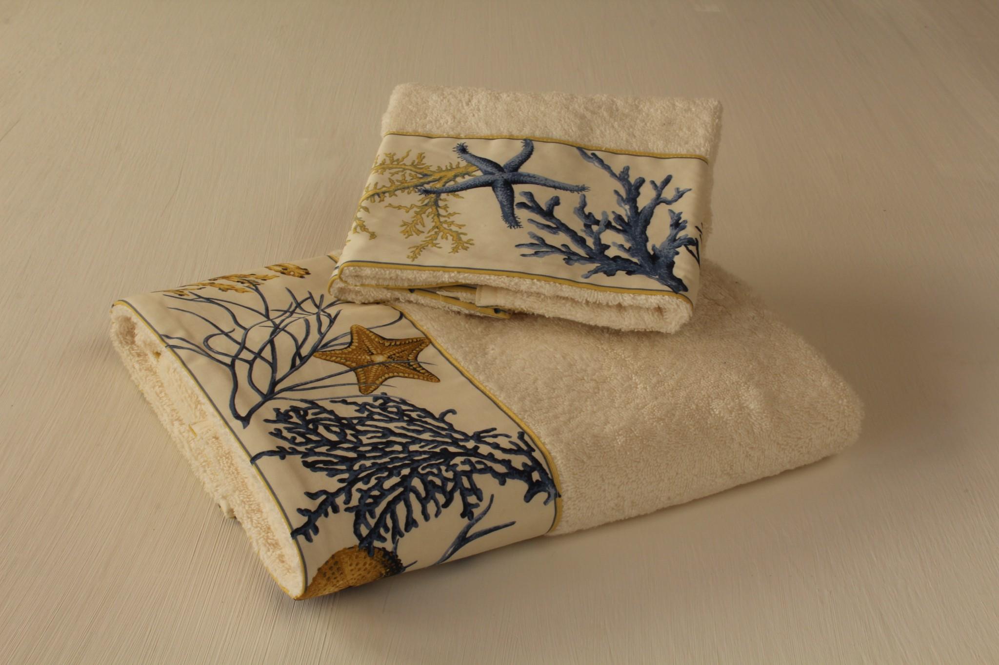 Asciugamani Coralli - Giardino di Rose: Biancheria per la casa ...