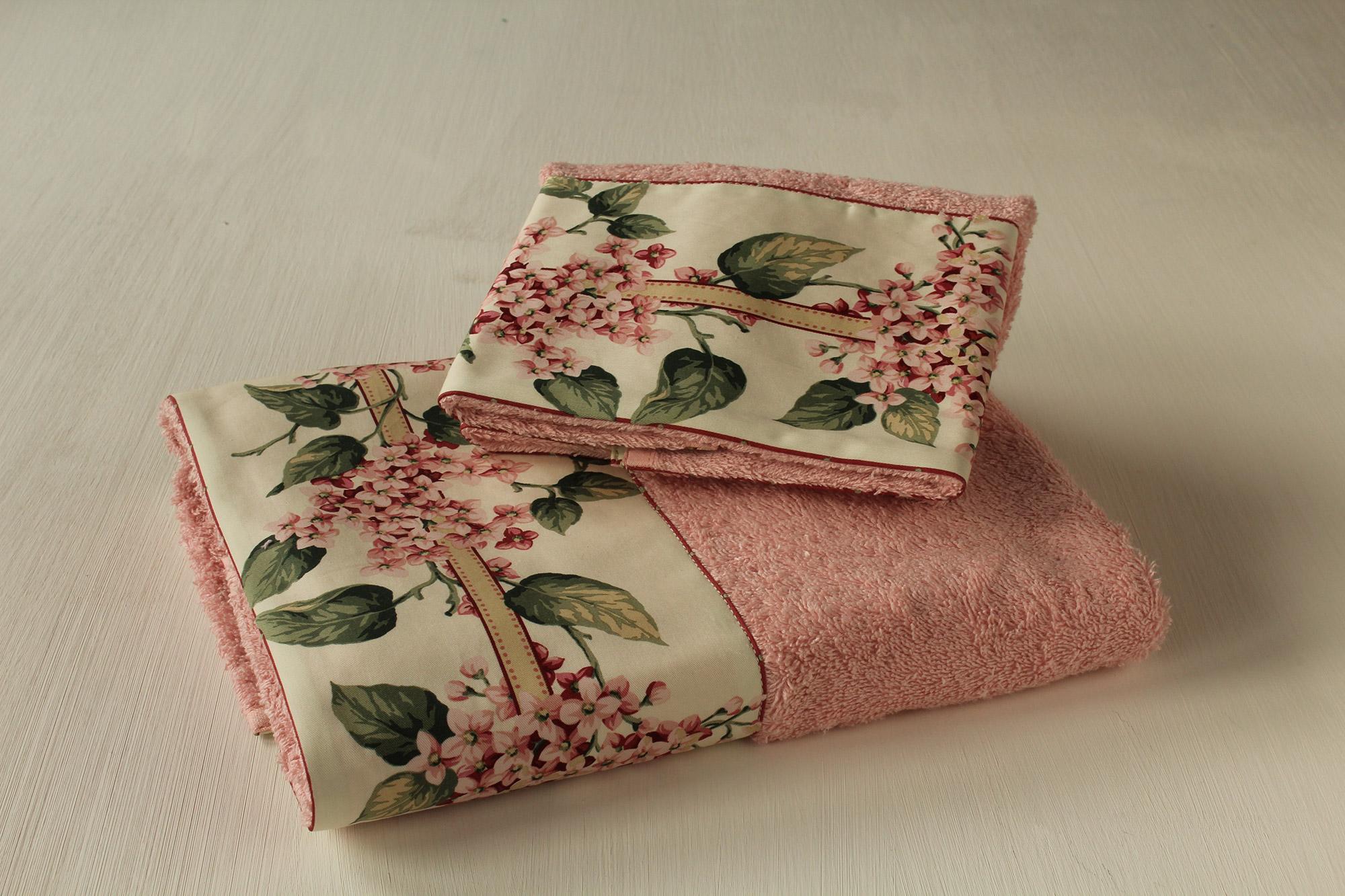 Coppia asciugamani Fiori di Lillà - Giardino di Rose: Biancheria per ...